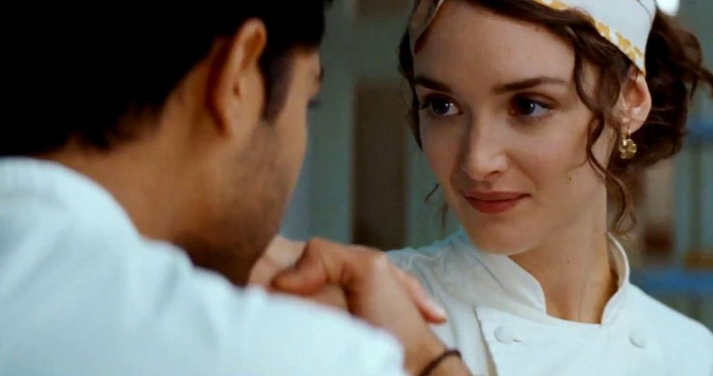 charlotte-le-bon-in-the-hundred-foot-journey-movie-1